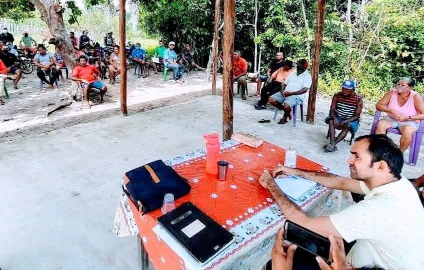 Na manhã do último sábado, dia 26 de junho, aconteceu uma reunião com os moradores da associação do povoado Areia.
